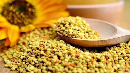 4 Surprising Fertility Benefits Of Bee Pollen