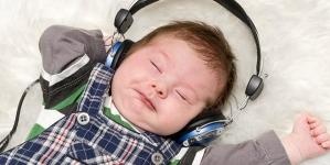 16 Popular Lullabies For Babies
