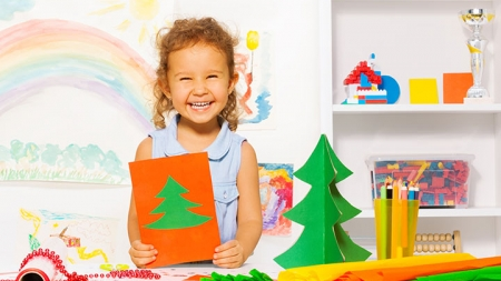 21 Interesting Christmas Tree Crafts For Kids