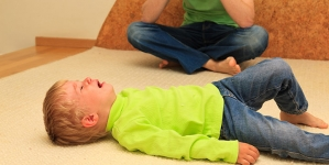 Stress In Toddlers – 4 Causes & 23 Symptoms You Should Be Aware Of