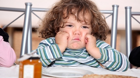 7 Helpful Tips To Deal With A Sulking Child