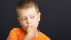 5 Effective Ways To Stop Your Kid From Biting Nails