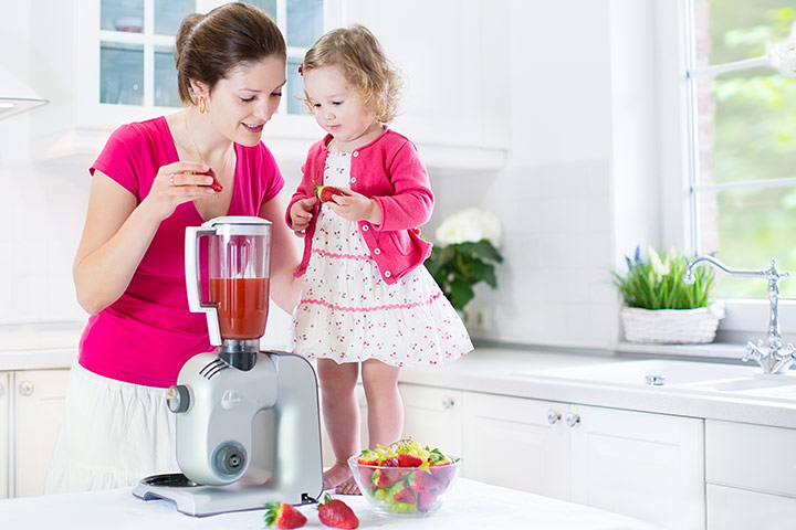 15 Creamy And Delicious Smoothie Recipes For Toddlers