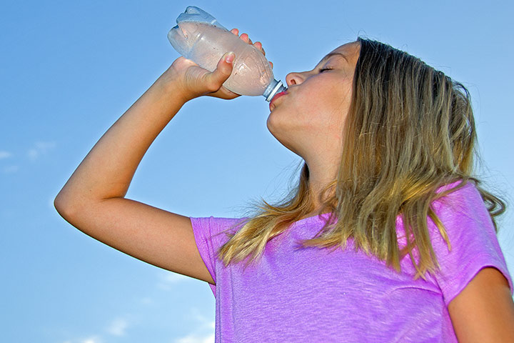 15 Signs And Symptoms Of Dehydration In Children