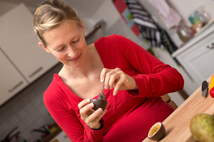 9 Wonderful Health Benefits Of Passion Fruit During Pregnancy