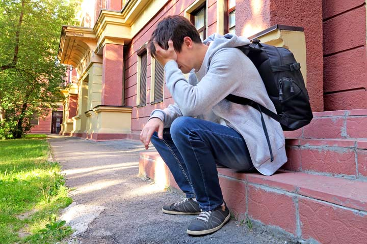 Teenage Depression: Causes, Symptoms And Solutions