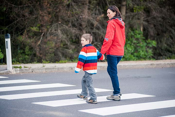 Road Safety For Kids – 13 Rules Your Kids Should Know